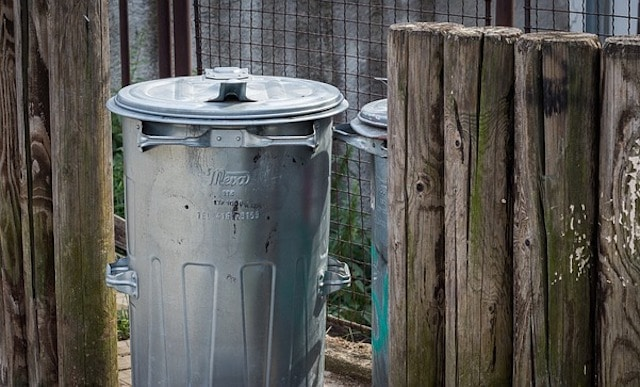 fox proofing your garden bins